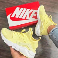 NIKE AIR HUARACHE Middle Tops Wallace 4 Generation Shoes