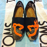 Custom Hand Painted Camo Toms by BekasBargains on Etsy