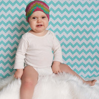 Baby knot hat. Pick a size- 0-3, 3-6, 6-12, 12-24 months.   Gray and pink designs.     (Made by lippy brand)