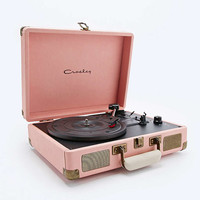 Crosley Cruiser Pink EU Plug Record Player - Urban Outfitters