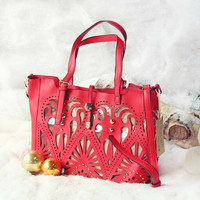 Sun Valley Tote in Red