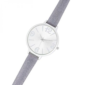 Fashion Watch With Leather Band