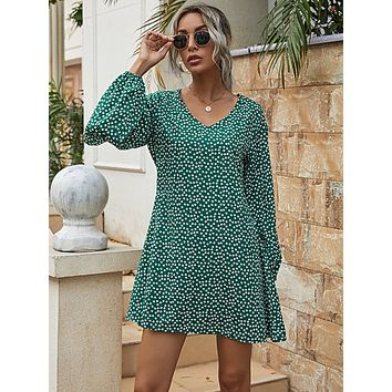 Ditsy Floral V-Split Sleeve Tunic Dress