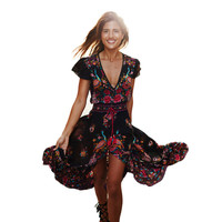 2017 new sexy floral print Retro long dresses Casual Summer Hollow out Sexy V-neck bodycon bandage backless maxi dress vestidos