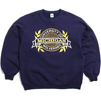 University of Michigan Circle, Banner & Wreaths Wolf Crewneck Sweatshirt Navy (XL)
