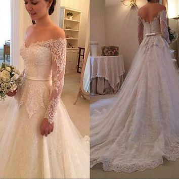 New Sexy Long Wedding Dress 2019 V-neck Long Sleeves Court Train Lace Tulle A-Line Bride Gowns Robe de mariage  Button Back