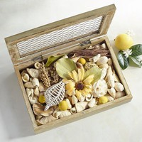 Honeysuckle Decorative Boxed Potpourri
