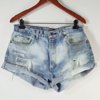 PLUS SIZE High Waisted Denim Shorts - High Waist Levis Jean Shorts - SIZE 36 or Ladies 14