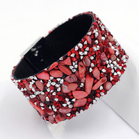 Woman Magnetic Clasp Bracelets & Bangles Natural Shell Stone