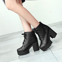 Lace Up Chunky Heel Platform Short Boots 9169