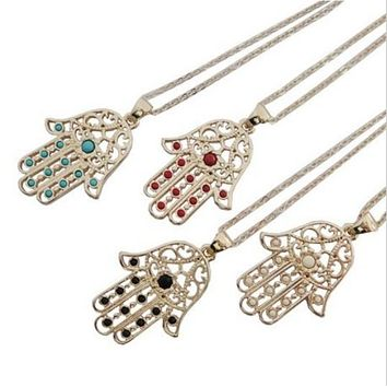 BEADY LUCKY HAMSA NECKLACE - GOLD w/ RED CHARM