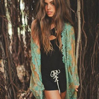 GYPSY LACE JACKET IN GREEN