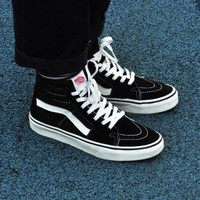 """VANS""SK8-HI Fashion Classic black and white cloth shoes authentic shoes"