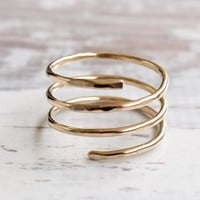 Adjustable gold ring, 14/20 gold filled hammered spiral ring, stackable trinity ring, handmade modern ring