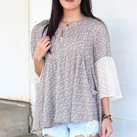 Blended Floral + Lace Blouse {Latte}
