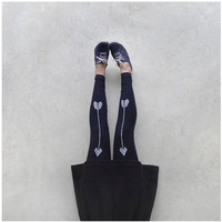High Waisted Leggings - Black with White Arrows - The Artemis