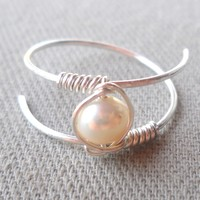 Fresh Water Pearl Wrapped 925 Sterling Silver Hammered Ring