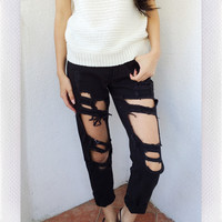 {REVERSE OFFICIAL} Distressed Jeans- Black