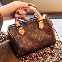 Louis Vuitton LV Women Retro Leather Mini Handbag Tote Crossbody Satchel Shoulder Bag