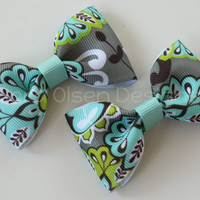 Pair of Simple Basic Floral Tuxedo Hairbows Clips Multicolored Design Print with Aqua Gray Grey White Green Black