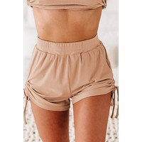 Kirsten Ribbed Side Ruched Lounge Shorts (Cappuccino)