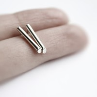 Line . sterling silver bar stud earrings
