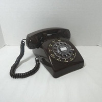 1980s Vintage Rotary Dial Telephone in Chocolate Brown by ITT, Mid Century Decor, Very Good Condition, Vintage Phone, 1980s Vintage Tech