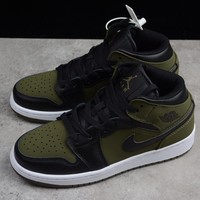HCXX 19Aug 381 Air Jordan 1 Mid GS Olive 554724-301 Skateboard Shoes Breathable Casual Sneakers