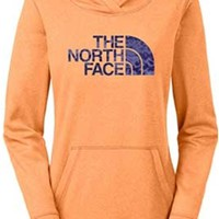 Gliks - The North Face Leopard Fave Pullover Hoodie for Women in Impact Orange Heather