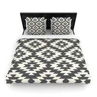 "Amanda Lane ""Navajo Black Cream"" Tribal Geometric Woven Duvet Cover"