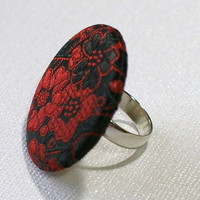 Glitz and Glam Red and Black Brocade Fabric Round 1.5 in Diameter Adjustable Fashion Ring