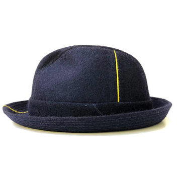 COMME DES GARCONS!!! Stylish 'Comme des Garçons Shirt' navy wool felt hat with panelling and contrast yellow detailing / Made in France