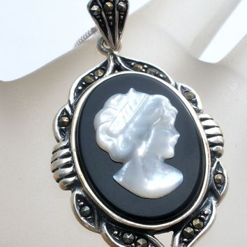Cameo Pendant Necklace Sterling & Mother of Pearl