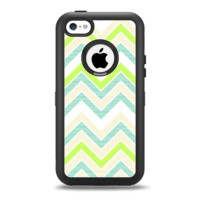 The Vibrant Green Vintage Chevron Pattern Apple iPhone 5c Otterbox Defender Case Skin Set
