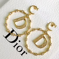 Dior 2020 new retro female personality wild earrings