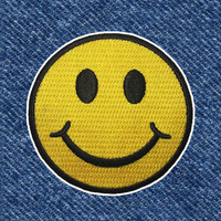 CLASSIC SMILEY FACE PATCH
