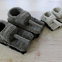Crochet tank slippers, father son gift, father son matching, grandpa gift, husband gift, panzer tank shoes, tiger 1 tank slippers,for him