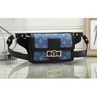 LV Fashion new style retro printing single shoulder inclined bag Black
