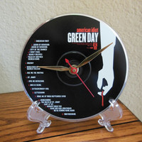 GREEN DAY CD Desk Clock (American Idiot) - Stand Included