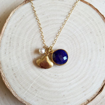 Dainty Lapis Lazuli Bezel Charm Necklace with Gold Clam Shell and Freshwater Pearl, Tiny Cluster Necklace, Bridesmaid Gift, in 14k Gold Fill