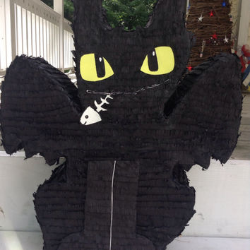 How to Train Your Dragon Toothless Dragon Party Piñata,toothless pinata, toothless birthday party, toothless party favor