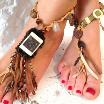 Native America, one of the kind  Barefoot Sandals, Nude shoes, Foot jewelry, Wedding, Yoga, Anklet , Bellydance, Steampunk, Beach Poo