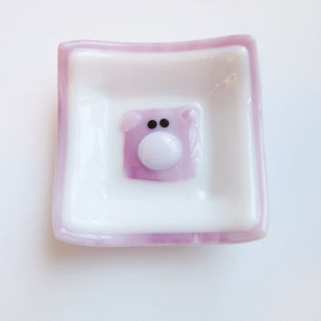 Pink Pig Trinket Ring Dish, Fused Glass Dish, Glass Piglet, Pink and White Piggy Decor, Small Catchall Dish, Catch All Tray for Pig Lover
