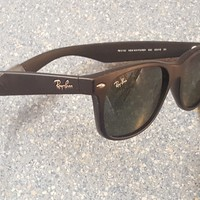 """Ray-Ban """"New Wayfarer"""" Classic Black Designer Sunglasses Made in Italy RB Strap"""