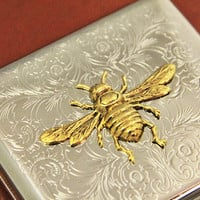 Bee Cigarette Case Bumble Bee Honey Bee Metal Wallet Accessory Steampunk Antiqued Vintage Gold Retro Wallet Cigarette Box and Holder Silver