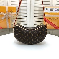 LV Louis Vuitton MONOGRAM CANVAS HANDBAG HOBO BAG