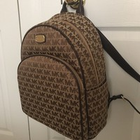 NWT MK Michael Kors Abbey Large Brown/Java Backpack Bag Purse $348