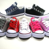 New LaceUp Low Top Toddler Baby  Boy Girls Canvas Shoes Walking Comfort School