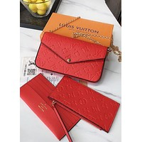 Inseva LV Louis vuitton sells a fashionable solid color embossed letter logo for ladies casual chain aslant across a three-piece package