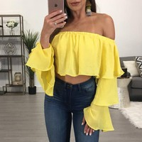 Women T-Shirts Flare Sleeves Sexy Slash Neck Beach Party Off Shoulder Tee Shirts Tops WS1770E
